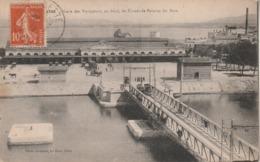Hérault - SETE - CETTE - La Gare Des Voyageurs, Au Fond Les Usines De Balaruc Les Bains - Sete (Cette)