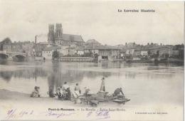 La Lorraine Illustré: Pont à Mousson - La Moselle, Eglise St Saint-Martin - Lavandières - Photo P. Helmlinger & Cie - Pont A Mousson