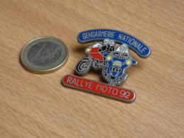 GENDARMERIE NATIONALE PELOTON MOTORISE 60 OISE. RALLYE 93. MOTO. ZAMAC BALLARD. - Militaria