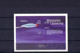 SPACE - Universe - MALDIVES - S/S MNH - Spazio