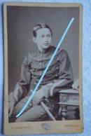 Photo ABL Régiment De GUIDES Circa 1885 Uniforme Sabre Sword Cavalerie Cavalry Armée Belge Belgische Leger - Guerre, Militaire