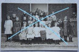 Photo SOMBREFFE Photo De Classe Filles 1911 Ecole Enseignement School - Plaatsen