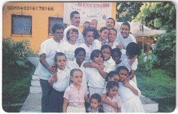 VENEZUELA B-413 Chip CanTV - People, Group - Used - Venezuela