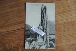 PLOZEVET - MONUMENT AUX MORTS - QUILIVIC SCULPTEUR - Plozevet
