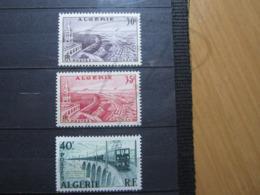 VEND BEAUX TIMBRES D ' ALGERIE N° 339 - 340 , XX !!! - Unused Stamps