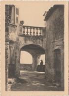 G28- PHOTO - EDITEUR MANIEZZI , NICE - SAINT JEANNET- LA MAISON DU VIEUX FOUR - (2 SCANS) - Places