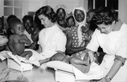 ANGOLA  - Province Portugaise De L'Afrique Occidentale -  LUANDA  -  Assistance Aux Enfants Indigènes - Angola