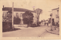 BERG19- PLASSAC  EN GIRONDE  ENTREE DU BOURG   CPA  CIRCULEE - France