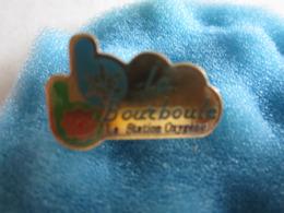 J Pin's Pin S La Bourboule - Cities