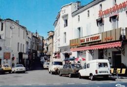 La REOLE - La Rue - Bar Le Turon - Automobiles - Fourgon - Renault 4L (beau Plan) - Cinéma !? Rex - La Réole