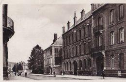Sedan  Rue Thiers (petit Accroc à Droite Cf Scan) - Sedan