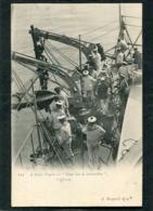 CPA - MARINE - A Bord Du NEPTUNE - A Hisser L'Ancre, Très Animé  (dos Non Divisé) - Oorlog