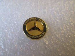 PIN'S   MERCEDES BENZ  FINANCEMENT - Mercedes