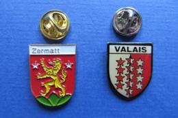 2 Pin's, Ville,ZERMATT,VALAIS,Suisse - Städte