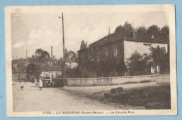 TH0229  CPA   LA ROCHERE  (Haute-Saône)  La Grande Rue  ++++++ - Andere Gemeenten