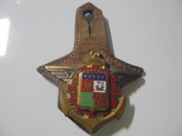 DISTRICT DE TRANSIT ORAN (ALGERIE) DOS GUILLOCHE DORE SIGNE DRAGO H.704 - Tokens & Medals
