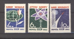 RU  -  Russie  :  Yv  2648-50  ** - Neufs