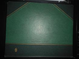 Album Grand Format Fond Blanc 10 Pages Occasion , Bon Etat Environ 650 Gr - Formato Grande, Sfondo Bianco