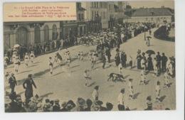 TROYES - GRAND CONCOURS RÉGIONAL DE L'EST - Juin 1912 - Les Coquelicots De Vailly Sur Aisne (gymnastes ) Et Leur Chien - Troyes