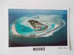 Maldives , Paradise Island Lankanfinomhu - Maldiven
