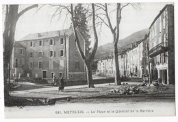 Meyrueis La Place Et Le Quartier De La Barrière - Meyrueis