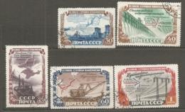 RUSSIE -  Yv N°   1584 à 1588  (o)  Hydroélectrique   Cote  30  Euro  BE   2 Scans - 1923-1991 USSR