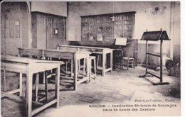 L120C_254 - Roanne - Institution St-Louis De Gonzague - Salle De Cours Des Gareurs - Roanne