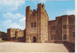 Postcard - Entrance Front - Castle Drogo, Devon - Card No. L6/SP. 7209 - VG - Postkaarten