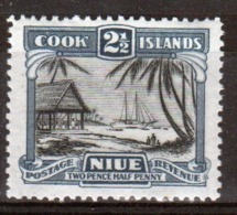 Niue 1944 Single 2½d Stamp From The Definitive Issue. - Niue
