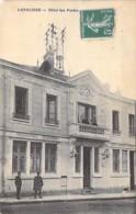 POSTE & FACTEURS - 03 - LAPALISSE : Hotel Des Postes ( Poste PTT ) - CPA Village ( 3.100 Habitants ) - Allier - Poste & Facteurs