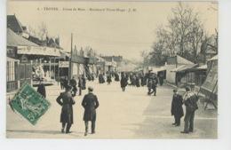 TROYES - Foires De Mars - Boulevard Victor Hugo - Troyes