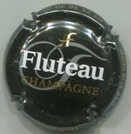 CAPSULE-CHAMPAGNE FLUTEAU N°08 Fond Noir - Champagne