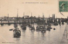 LES SABLES D'OLONNE Entrée Du Port ( Bateaux ) ( Nles Galeries 136 ) - Sables D'Olonne