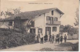 PAYS BASQUE - LARRESSORRE - Maison Basque    PRIX FIXE - Frankrijk
