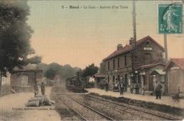 BOUÉ La Gare, Arrivée D'un Train (colorisée) - Autres Communes