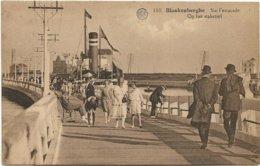 Blankenberge  *  Sur L'estacade  -  Op Het Staketsel - Blankenberge