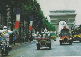 10x15 Paris   L'Arrivée  Du Bibendumsur Les Champs Elysées   Publicité   Michelin - Frankreich