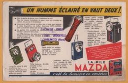 BUVARD Illustré - BLOTTING PAPER - Pile MAZDA - Un Homme .. Vaut Deux - Electricité Cycles HOUET COUDEVILLE Esquelbecq - Accumulators