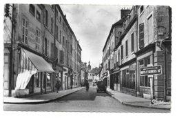 21 – BEAUNE : La Rue D'Alsace - Beaune