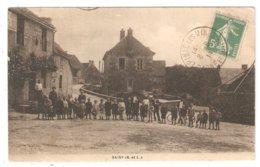 CPA 71 SAISY  (proche Nolay Et Epinac) - Le Bourg - Mairie - Belle Animation - Enfants - Autres Communes