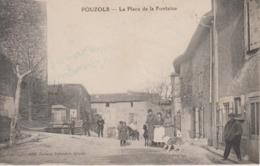 CPA Pouzols - La Place De La Fontaine (avec Jolie Animation) - France