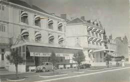 """CPSM FRANCE 85 """"Les Sables D'Olonne, Hotel La Comète Et Résidence"""" - Sables D'Olonne"""