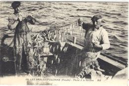 LES SABLES D' OLONNE (85) - Intérieur De La Poissonnerie - La Criée  - PÊCHE - FISHING - MÉTIER - Ed. LL - 73 - Sables D'Olonne