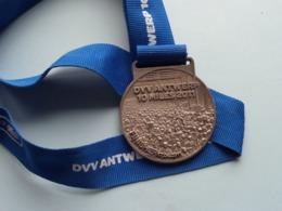 "ANTWERP TEN (10) MILES "" 2011 "" Finisher 14-04-2011( DVV ) ! - Touristiques"