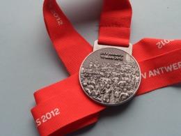 "ANTWERP TEN (10) MILES "" 2012 "" Finisher 22-4-2012 ( DVV ) ! - Touristiques"