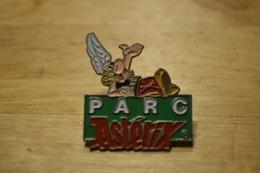 Rare Pin's Astérix Parc - Fumetti