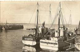 Cpsm Pf - 44 - LE CROISIC -  Sortie Du Port  Bateau Neptune   108 - Le Croisic