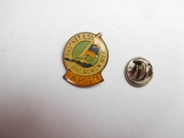 Beau Pin's , La Poste , Marine Bateau Voilier , Fastnet 6,50 , Arcachon Mer - Post