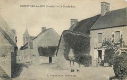 CPA 50 Manche Hauteville Sur Mer La Grande Rue - Other Municipalities