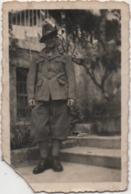 Fotografia Cm. 8,8 X 5,8 Con Militare (forse Alpino) - Guerra, Militari